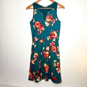 41 Hawthorn Green Floral Evander Small Dress